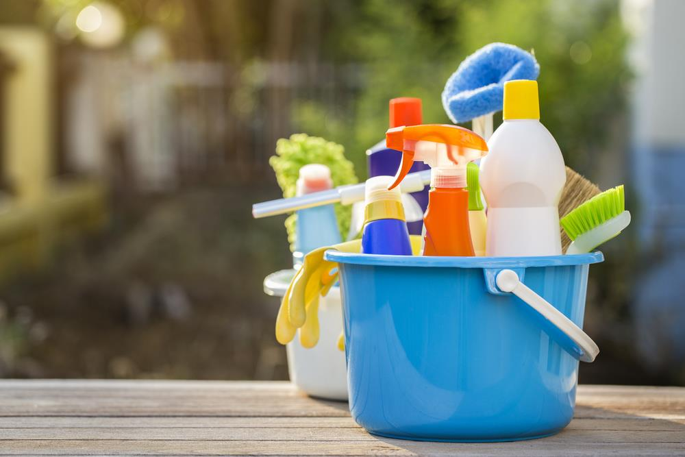 how to do household cleaning efficiently