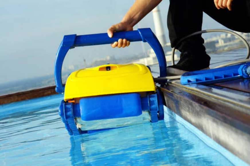 The Best Robotic Pool Cleaners Of 2020 Tenoblog
